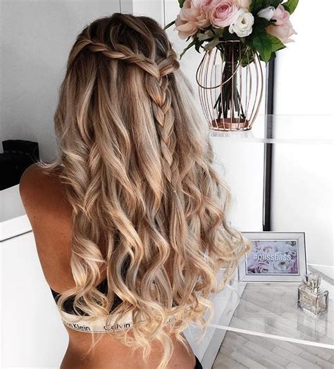 blonde hairstyles for prom best 25 blonde prom hair ideas only on pinterest long