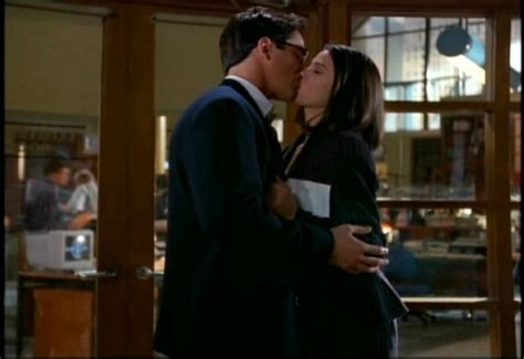 superman lois and clark 140126249x 84 best images about tv tnaos lois clark on teri hatcher superman gif and season 1