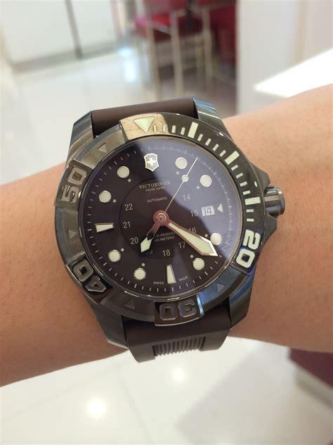 Victorinox Dive Master 500 241562 Swiss Army Watch   Pro