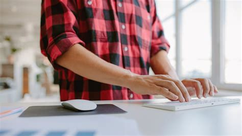 standing desk back pain could a standing desk help with your posture and pain