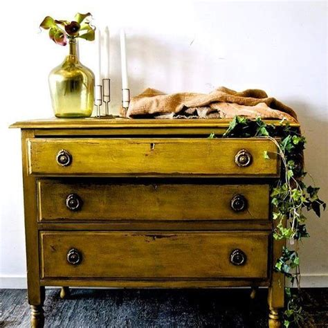 chalk paint new zealand stockists 17 best ideas about yellow chalk paint on