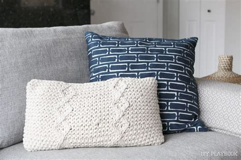 how to choose the best throw pillows for a gray