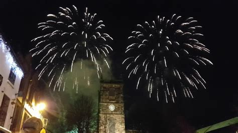 burton upon trent christmas light and fireworks switch on