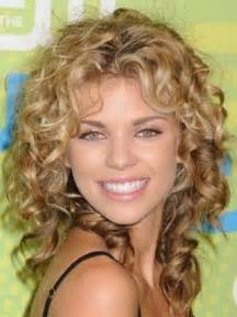 which hair style is suitable for curly hair medium height the hairstyles of medium length hairstyles for curly hair