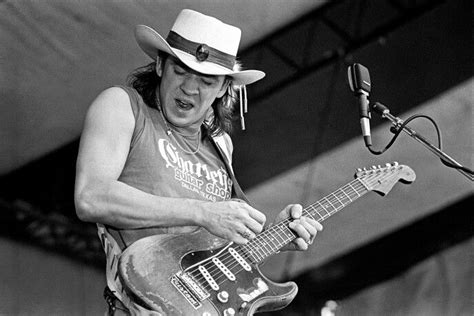 images  stevie ray vaughan  pinterest jeff beck austin city limits  stevie