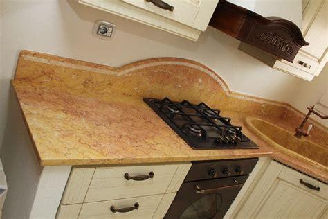 top marmo cucina prezzi foto piani di cucina in marmo e pietra vendute a prezzi affare