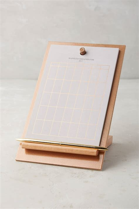 10 Super Cute Agendas And Calendars To Organize Your Life Desk Easel