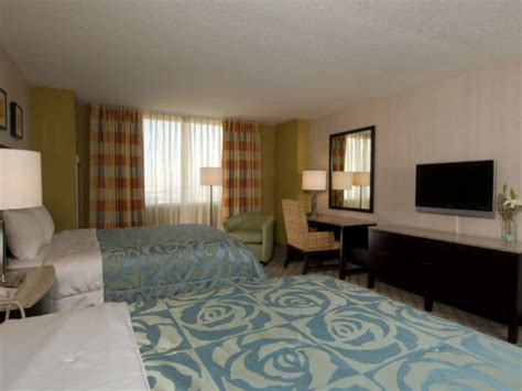 circus circus hotel rooms family on the las vegas at circus circus hotel family vacation hub