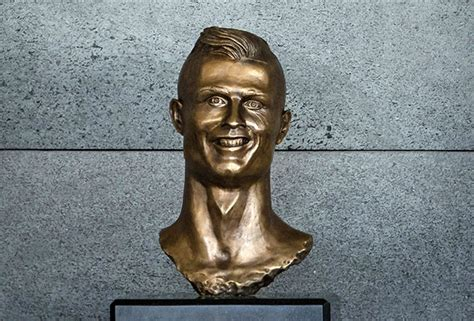 cristiano ronaldo sculptor explains why statue doesn t