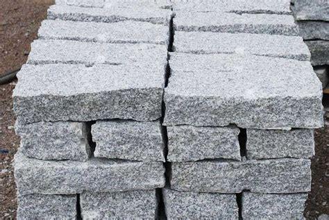 natursteinhandel alltag granit mauersteine granitsteine 1 5 t grau 10 20 40