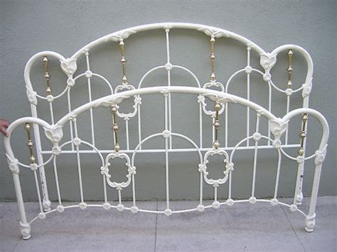 King Size Metal Headboard And Footboard by King Size Iron Bed White Design Headboard