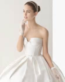 Ball gown strapless pockets sweep brush train satin wedding dresses 2