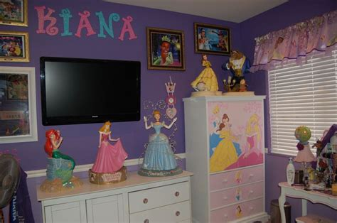 Little mermaid room decor ideas office and bedroom charming little mermaid bedroom decor