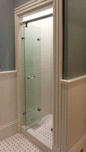 Bathroom Shower Door Leaks 25 Best Ideas About Glass Shower Doors On