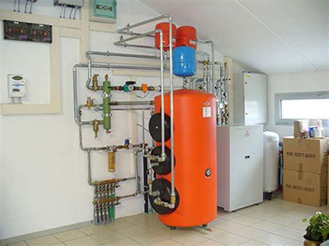 riscaldamento a pavimento con pompa di calore installazione pompe di calore per la produzione di acqua