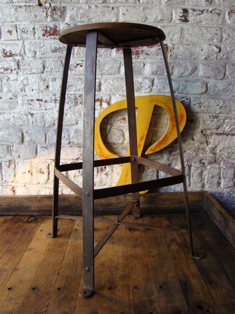 Tabouret D Atelier Ancien by Ancien Tabouret D Atelier Bienaise Artsenick