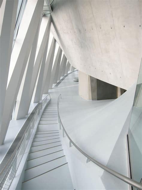 gewendelte treppen treppen treppenformen baunetz wissen - Gewendelte Betontreppe