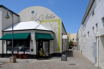 haircuts downtown santa cruz l atelier salon and day spa first service free