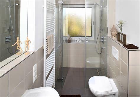 Kleines Bad Gestalten 4qm Mit Waschmaschine by Kleine B 228 Der Fliesen Schlott