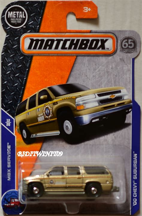 matchbox chevy suburban matchbox 2018 mbx service 00 chevy suburban car