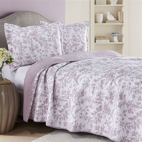 laura ashley amberly heather lavender quilt set from beddingstyle com