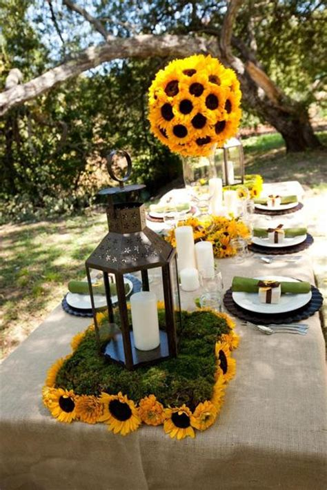 30 sunflowers table centerpieces adding yellow color