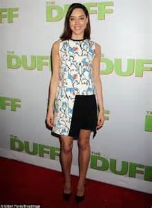 Premiere Lipstick Pastel Pink thorne glows in trendy pastel ensemble at the duff s