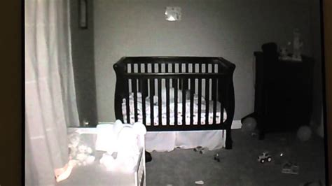 Toddler Falling Out Of Crib by Baby Falling In Crib Lol