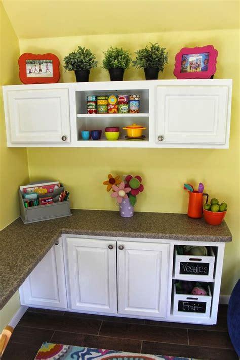 Playhouse Kitchen Furniture by Kid S Playhouse Interior Playhouse Decor Ideas Custom