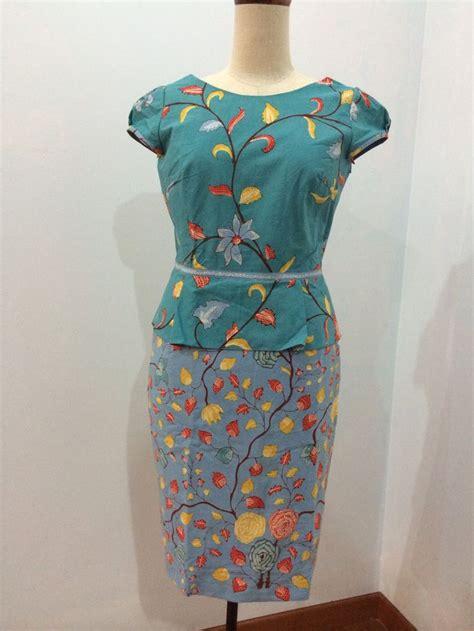 Dress Batik Tulis Kombinasi Embos 105 best images about batik by dongengan on