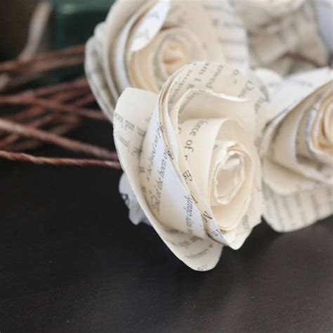 rose themed paper 10 sweet ideas for a literary themed wedding bridalguide