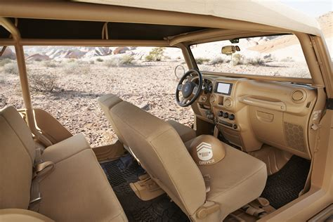 jeep safari concept interior 2015 easter jeep safari concept roundup 187 autoguide com news