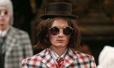 Terbaru Kacamata Hitam Retro Pria Bentuk Bulat High Quality kacamata yang takkan usang ganlob