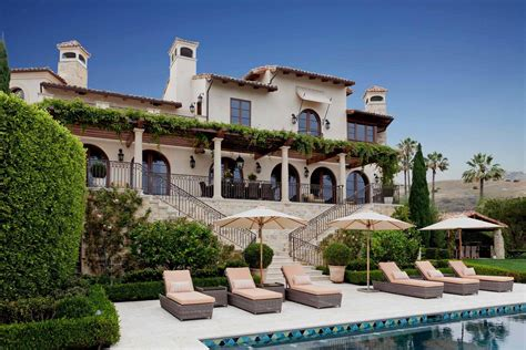 mediterranean patio design 16 beautiful mediterranean patio designs that will
