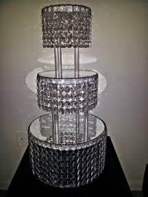 1 metre clear garland wedding cake stand