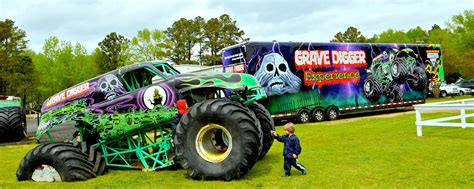 monster truck toys grave digger 100 large grave digger monster truck toy wheels