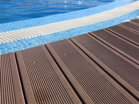 Terassen Aus Holz 1145 by Terrassendielen F 252 R Den Swimming Pool