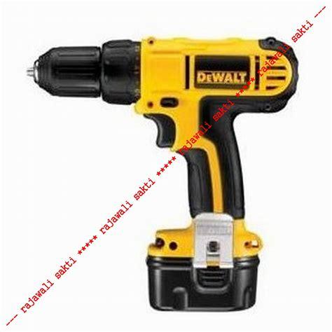 jual dewalt mesin bor baterai dewalt cordless screwdriver 12v dc740ka pd rajawali sakti