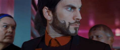 wes bentley the hunger circuit remake will more threatening robot a