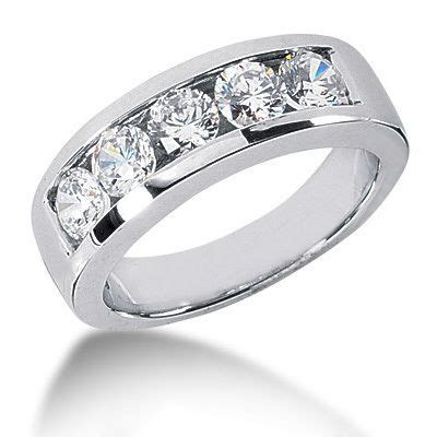 platinum  diamond mens wedding ring ct  stone