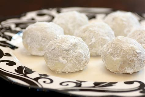Pecan Butter Balls, Russian Tea Cakes Or Mexican Wedding