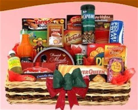 membuat kreasi hiasan natal parcel lebaran parcel lebaran isi makanan dan minuman parcel lebaran