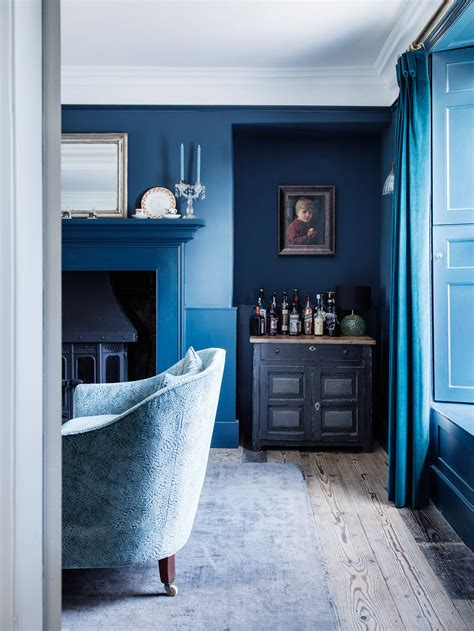 modern victorian achieving the modern victorian style wall treatments and