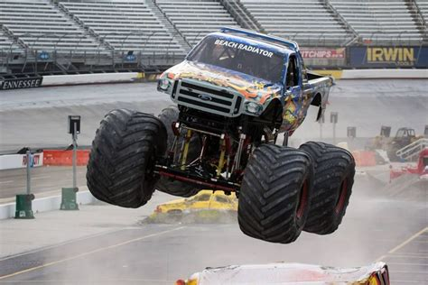 monster truck show baton rouge best 25 monster truck madness ideas on pinterest