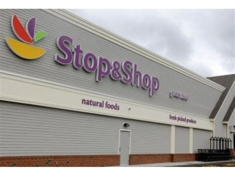 stop and shop strike looms for cape cod stores martha s