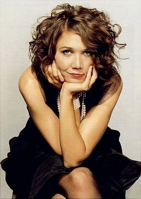 elegant medium length hairstyles for women over 40 best medium length hairstyles for thick naturally curly hair