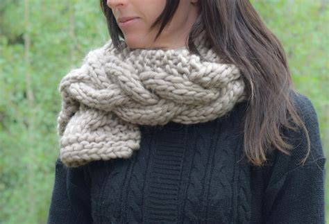 knitting pattern for scarf in chunky wool the cascades knit scarf mama in a stitch