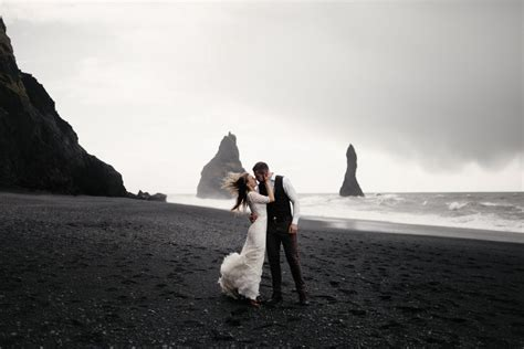 Best Places to Elope (And How to Do It)?Blueprint Guides