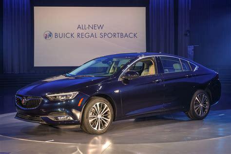 New Buick Regal 2018 by 2018 Buick Regal Sportback Sedan Gm Authority