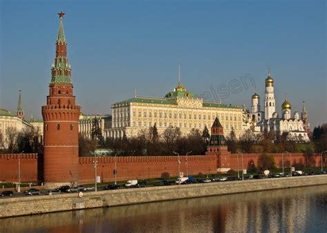 Mit Dem Auto Nach St Petersburg by Reise Nach Moskau Und Sankt Petersburg